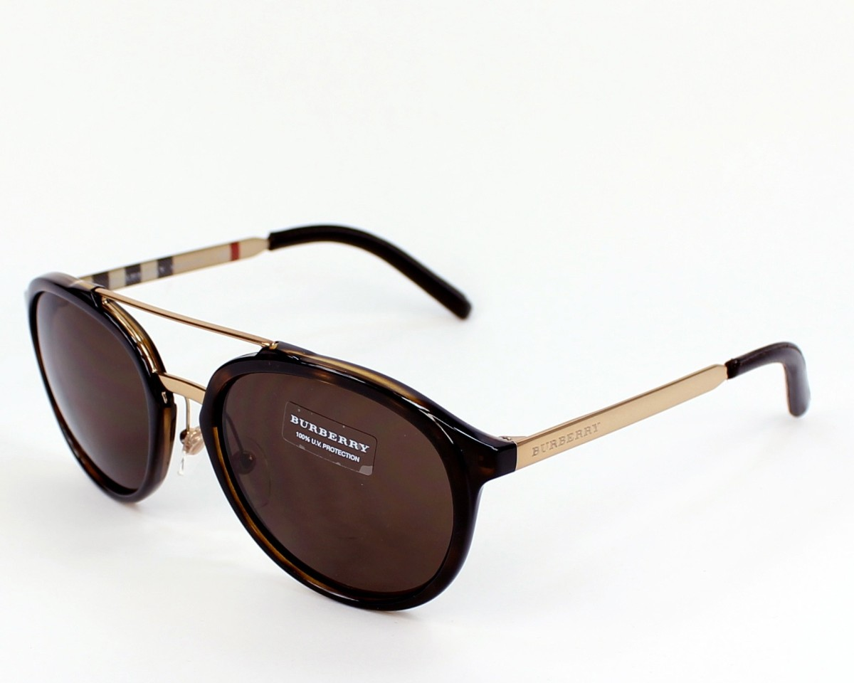 adc6cfb2ee3f3 lunette soleil pour homme burberry