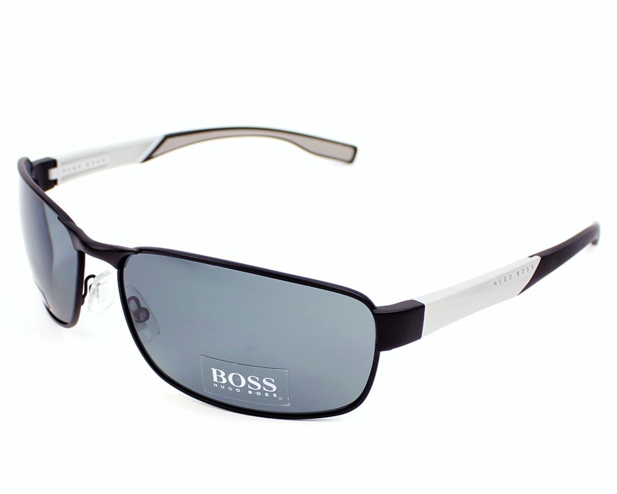 Trouvez vos lunettes de soleil Hugo Boss en promotion toute l année f4ef19960a0e