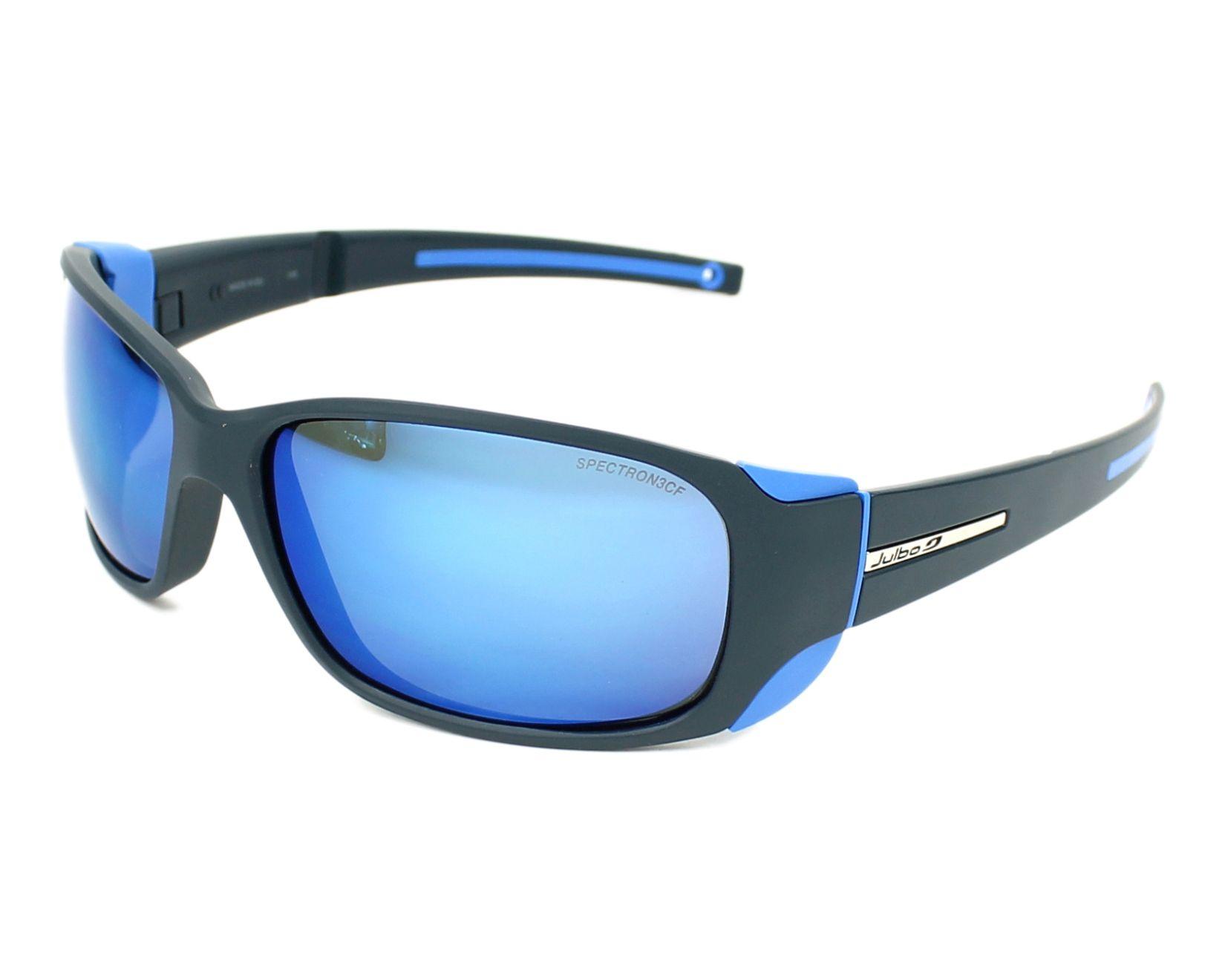 lunettes de soleil julbo j415 1112 bleu avec des verres gris. Black Bedroom Furniture Sets. Home Design Ideas