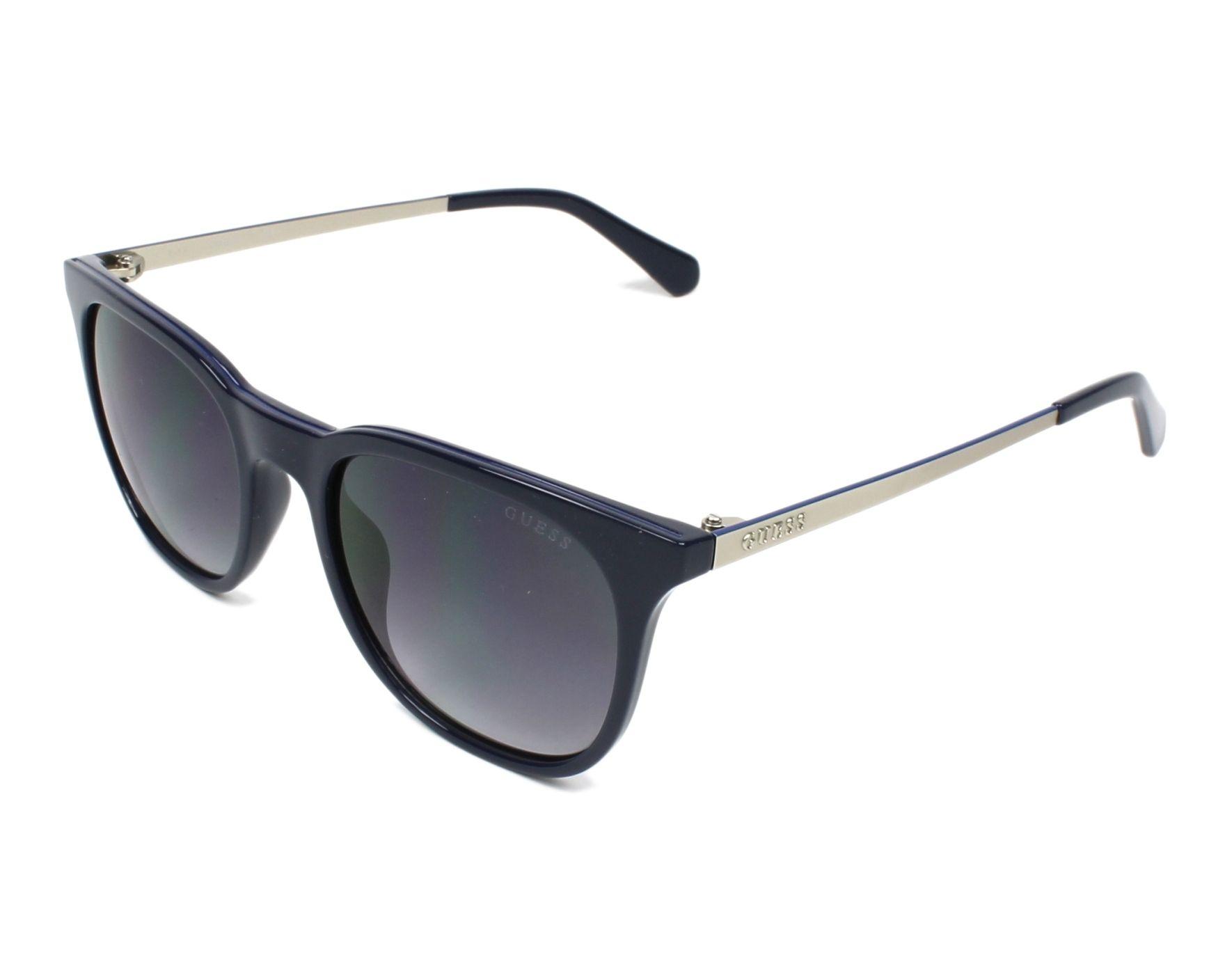 lunettes de soleil guess gu 6920 92b bleu avec des verres bleu gris pour hommes taille 53 pour. Black Bedroom Furniture Sets. Home Design Ideas