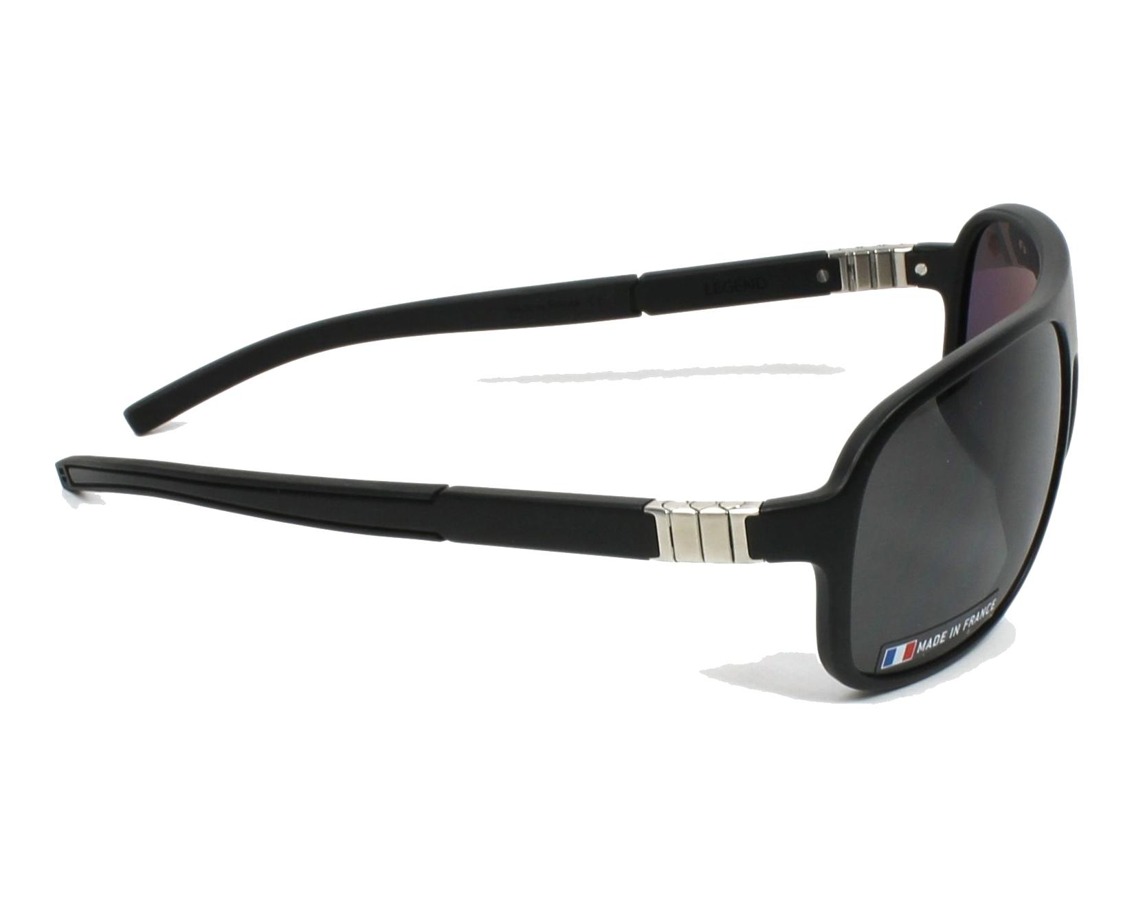 lunettes de soleil tag heuer th 9333 301 noir avec des verres gris pour hommes. Black Bedroom Furniture Sets. Home Design Ideas